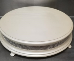 Rental store for 18  ROUND PEARL DIAMOND CAKE STAND in Johnson City TN